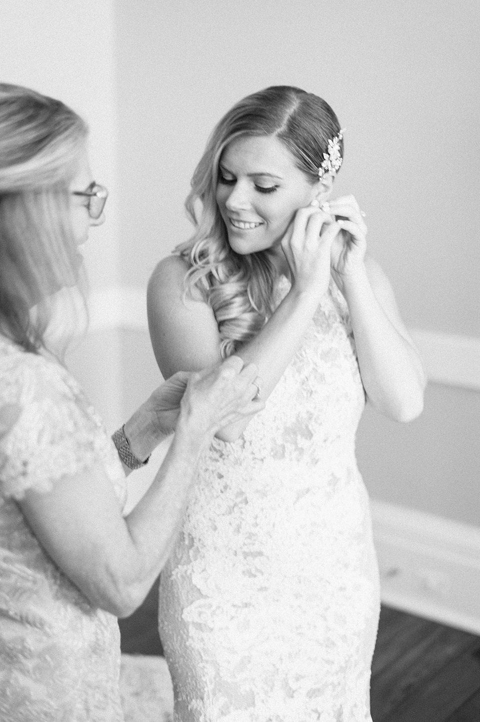 Savannah, GA Wedding Photographer - Soho South Cafe Reception