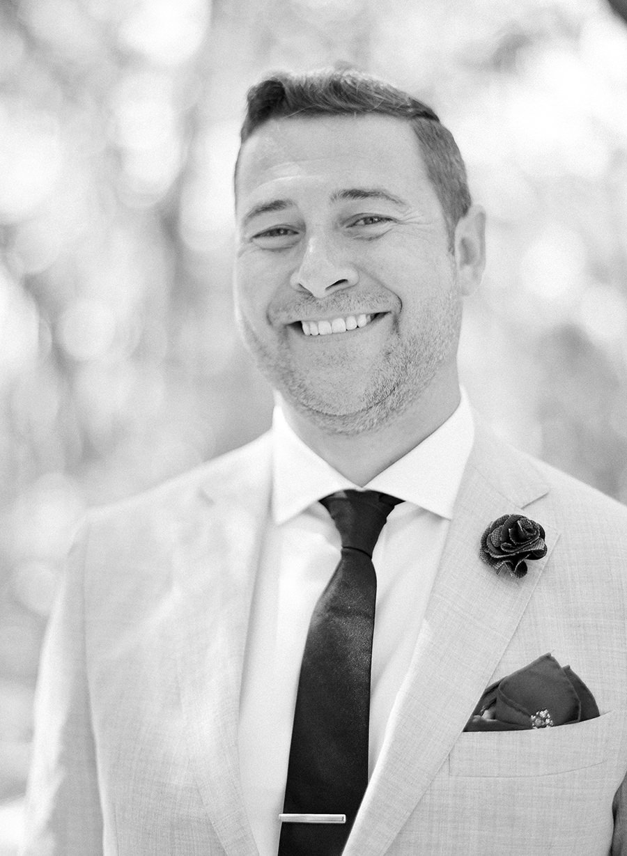 groom-portraits-palmetto-bluff-wedding-josh-morehouse-photography