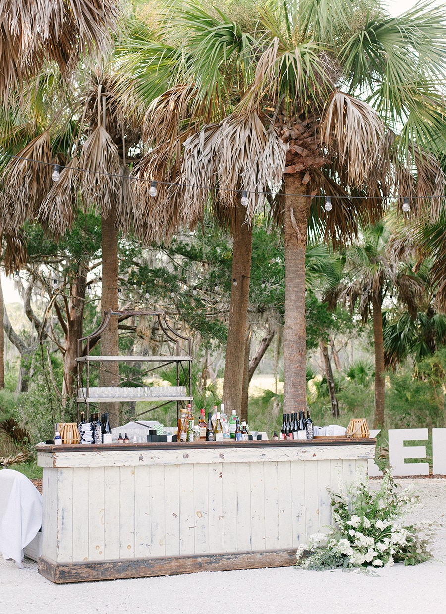 palmetto-bluff-reception-bar-josh-morehouse-photography